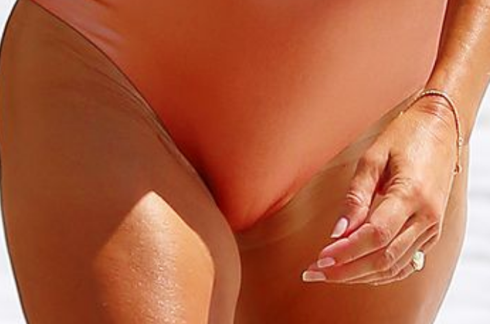 Guess the Cameltoe