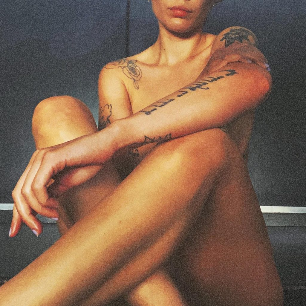 Halsey Gives Us a Classic Nude!