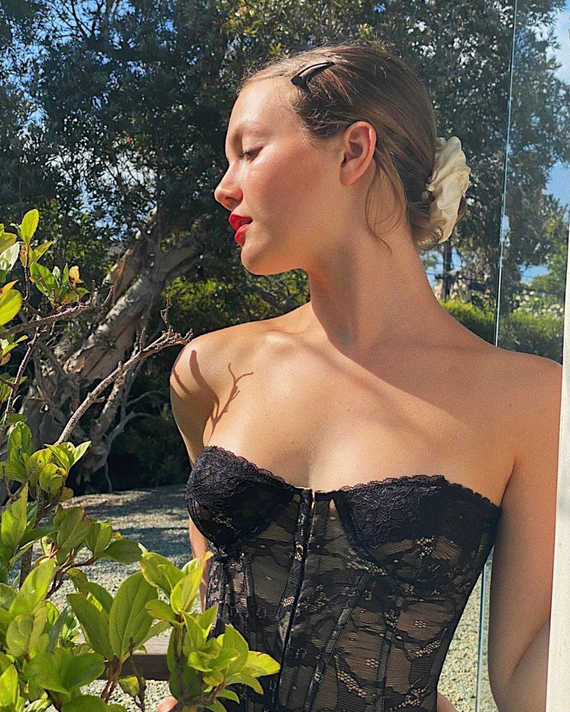 Iris Apatow is in Lingerie!