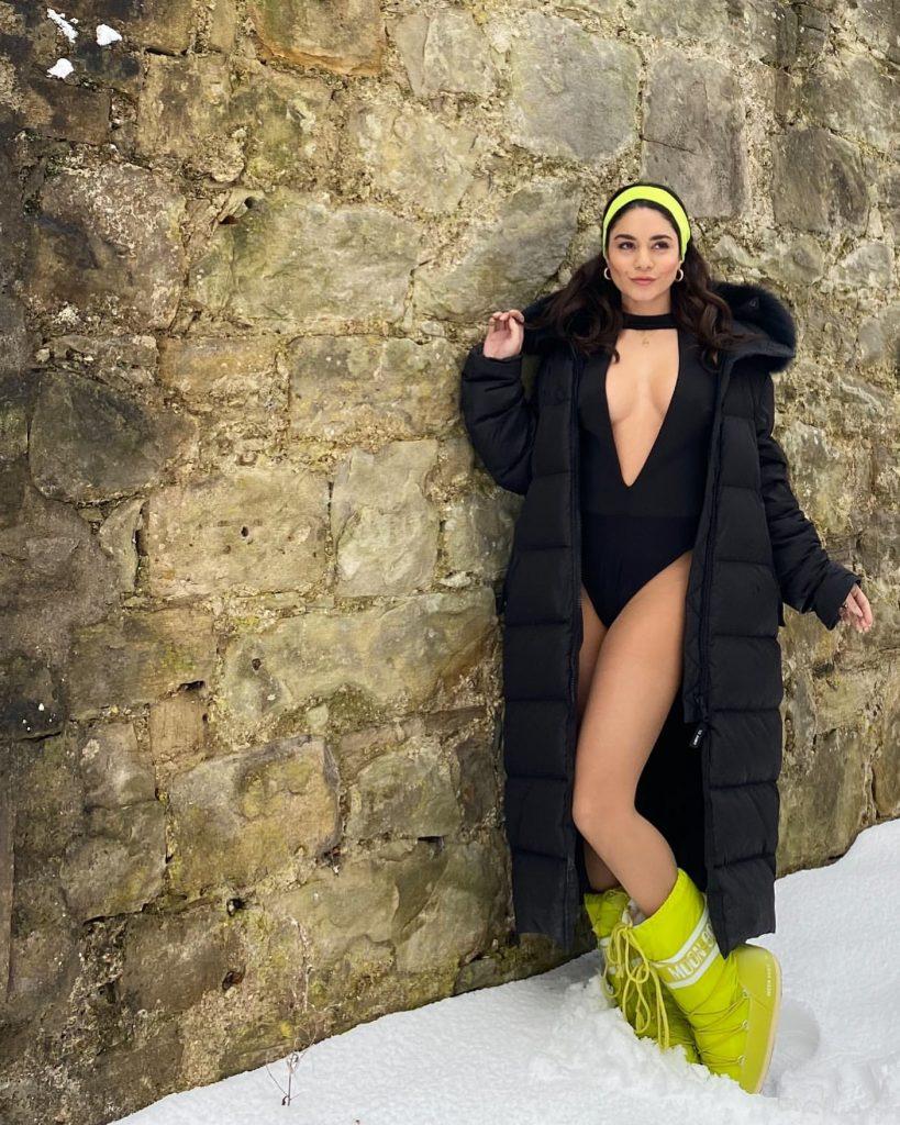 Vanessa Hudgens' Snowy Swimsuit!