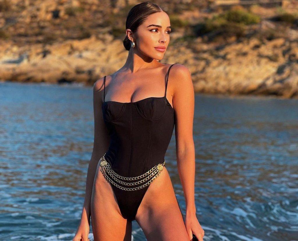 Olivia Culpo is Back on The Beach!